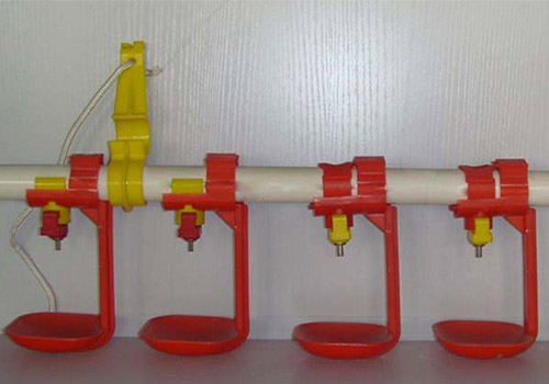 Chicken nipple drinking system of poultry waterer are very hygienic poultry drinking machine cater to poultry waterer market.